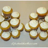 Lemon Vanilla-Bean Mayo Cupcakes With Fluffy Lemon Vanilla-Bean Buttercream Frosting