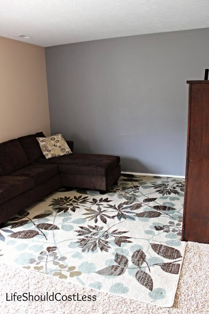 The Chalky Finish Painted Accent Wall Life Should Cost Less
