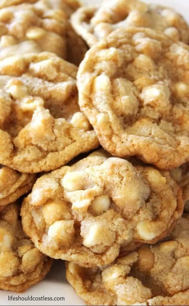 whitechocolatechipmacadamianutcookies_zpsz6iqcufj
