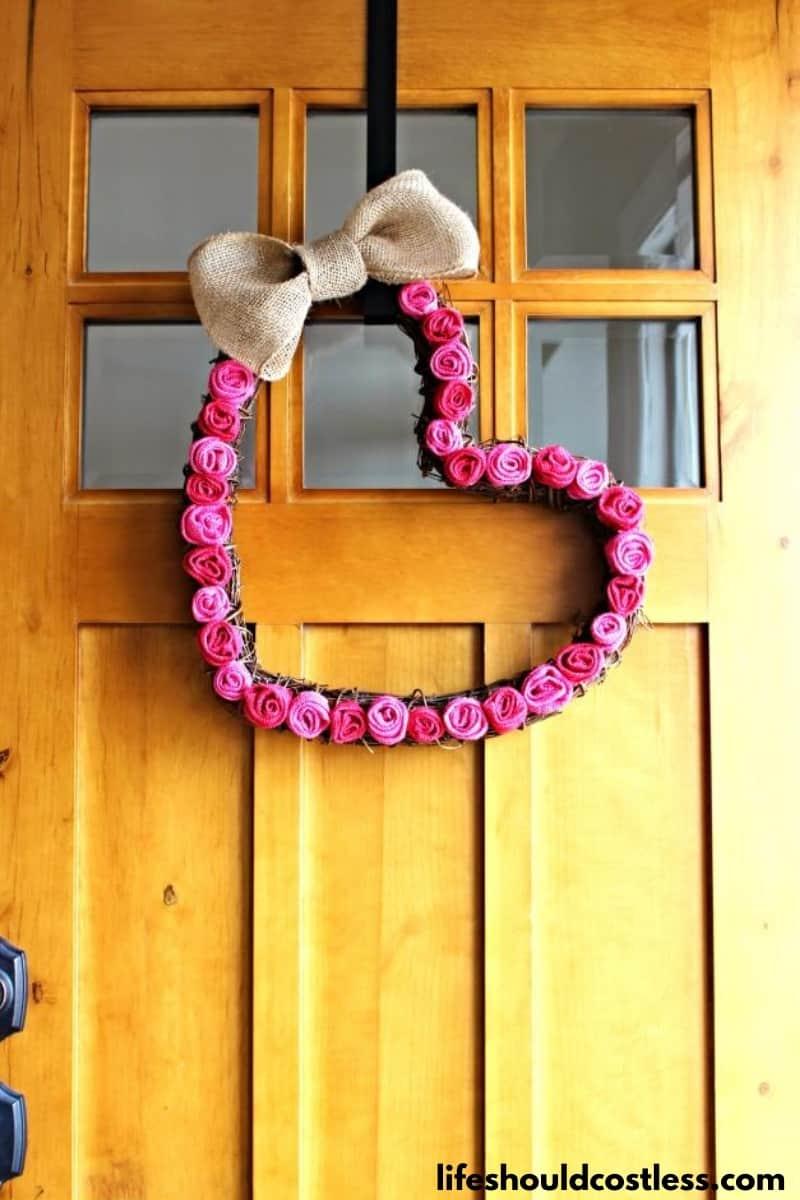 Valentine's Day heart wreath tutorial.