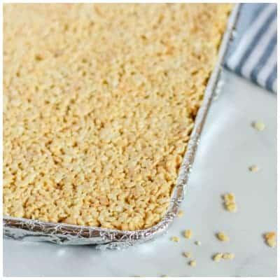 Sheet of rice crispy treats. lifeshouldcostless.com