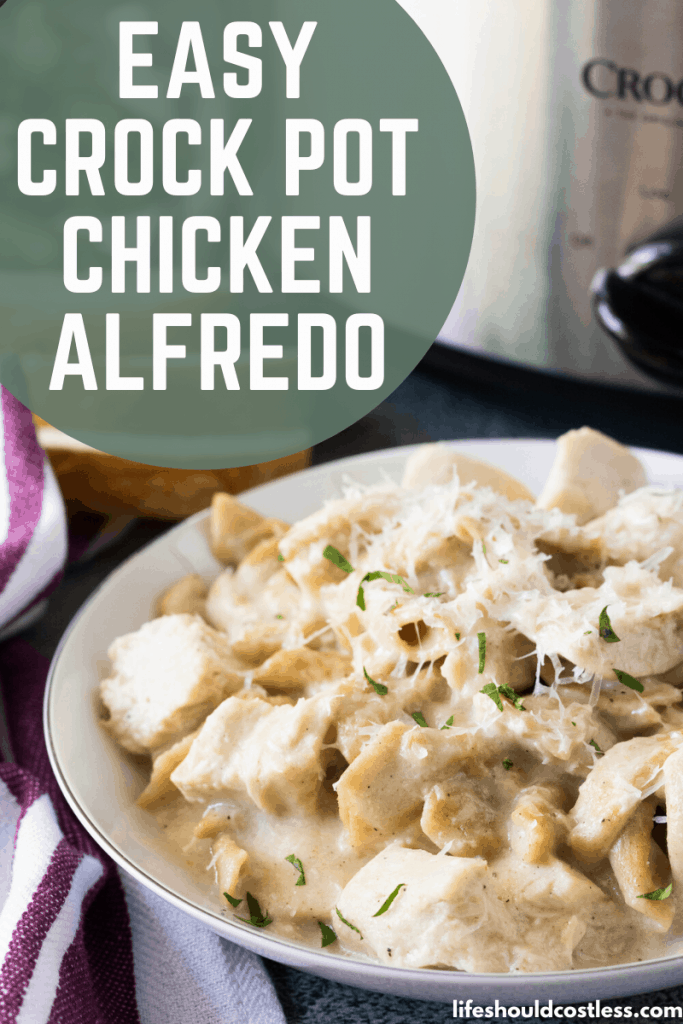 Easy slow cooker chicken alfredo with jar sauce. lifeshouldcostless.com