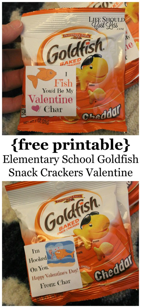 """{Free Printable} Elementary School Goldfish Snack Crackers Valentine {""""I'm hooked on you"""" & """"I fish you'd be my Valentine""""}"""