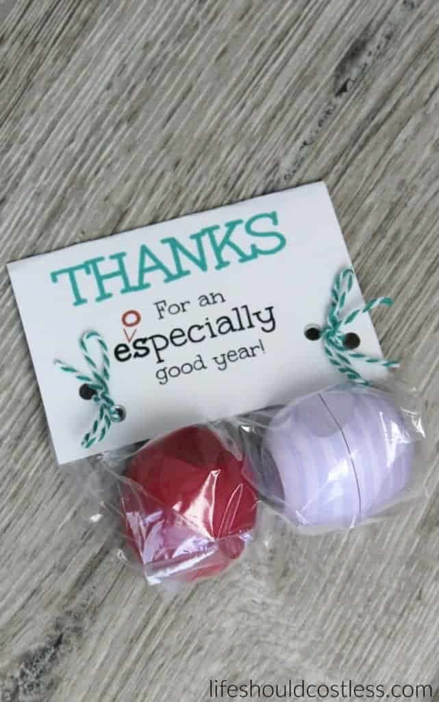 End of year teacher appreciation EOS gift idea + free printable. {lifeshouldcostless.com}