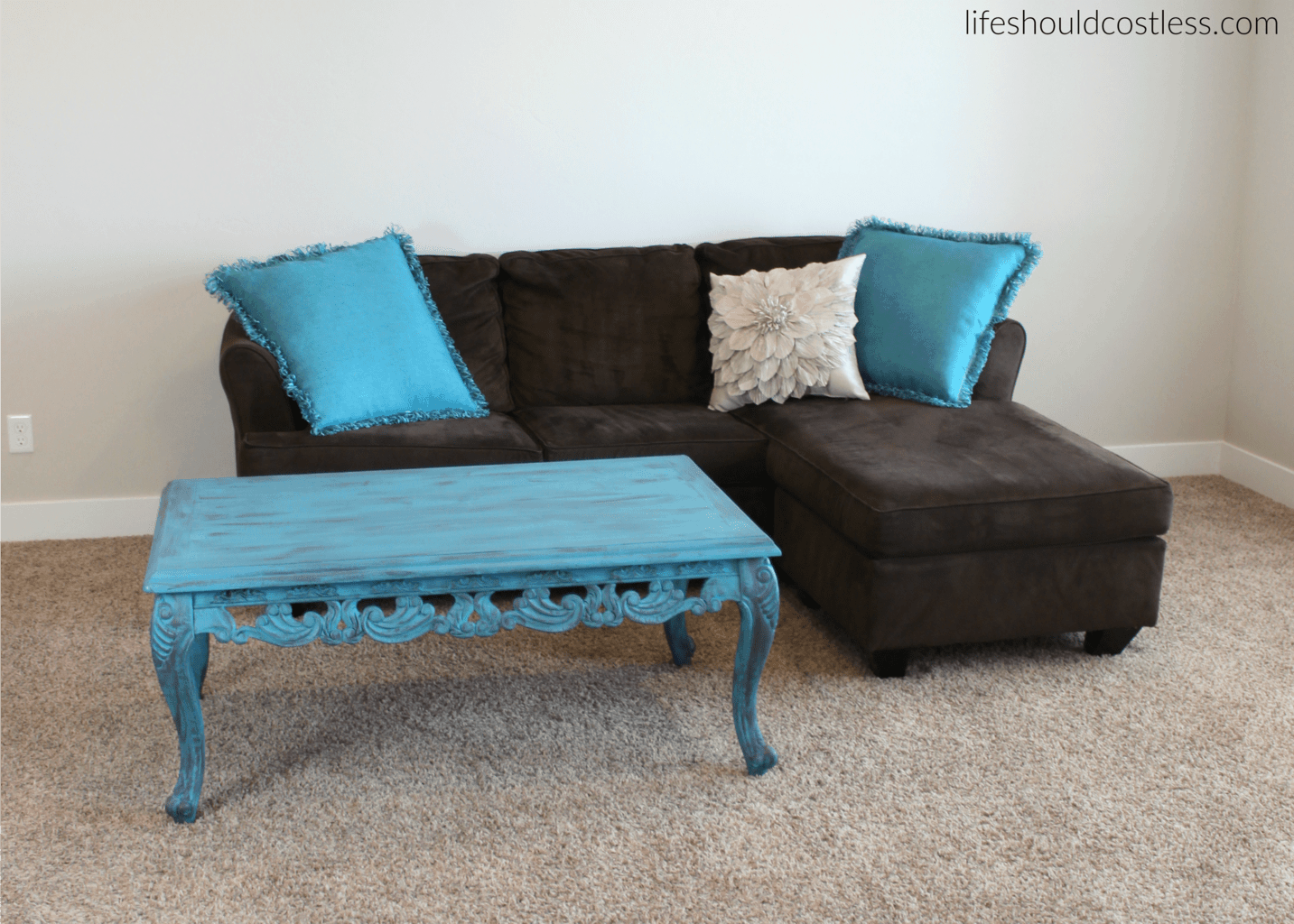Turquoise Coffee Table Make-Over In Americana Decor Treasure After
