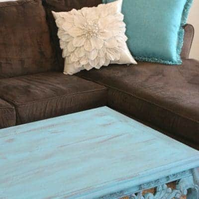 Coffee Table Make-over In Turquoise (Americana Décor Treasure)