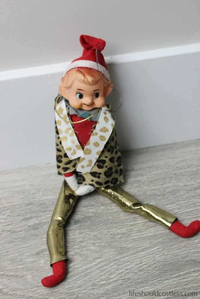 PPAE Pen Pineapple Apple Elf (on the shelf).