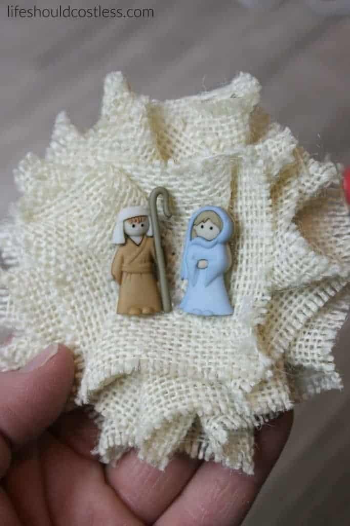 Three Minute Burlap Nativity Pin Tutorial.