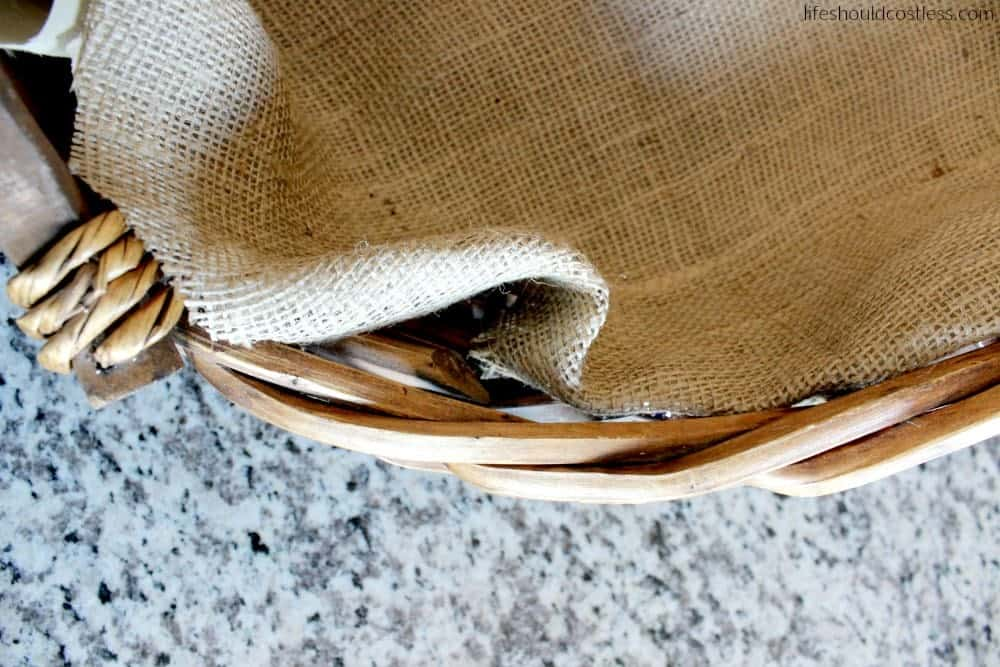 Burlap And Lace Fruit Basket DIY