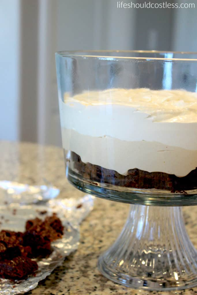 Moose Tracks Trifle. Vanilla Mousse layer. lifeshouldcostless.com