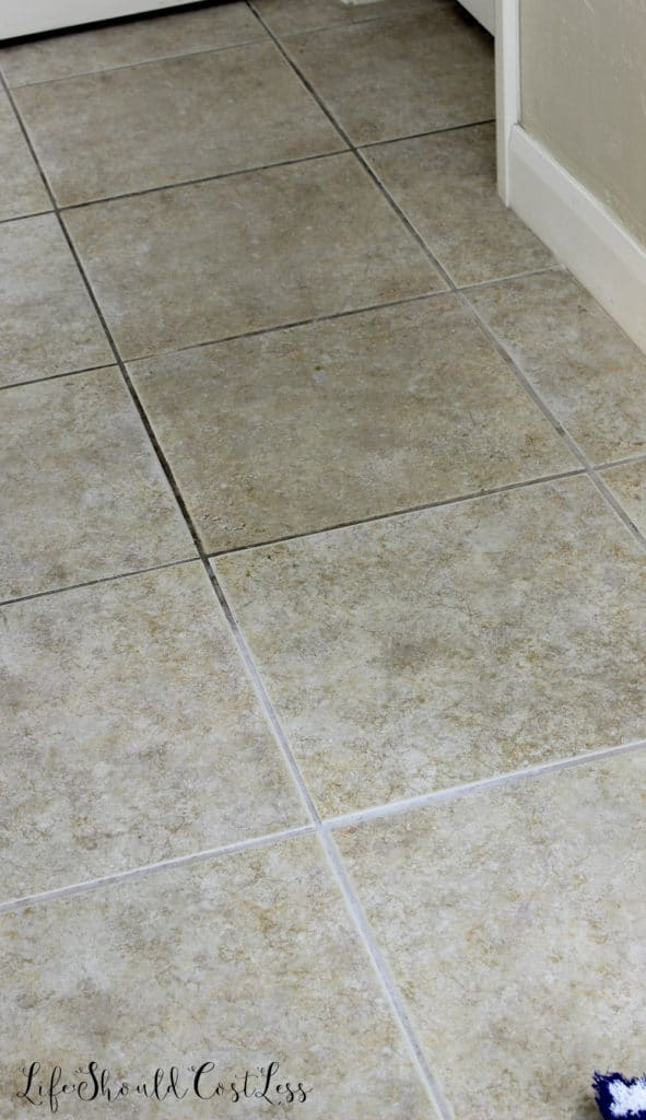 How To Clean Grout With Water The Easiest Way To Clean Grout EVER - How do i clean the grout on my tile floor
