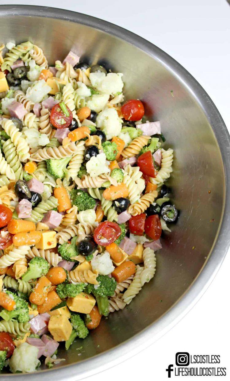 The yummiest pasta salad recipe. Kick-Ass Pasta Salad. lifeshouldcostless.com