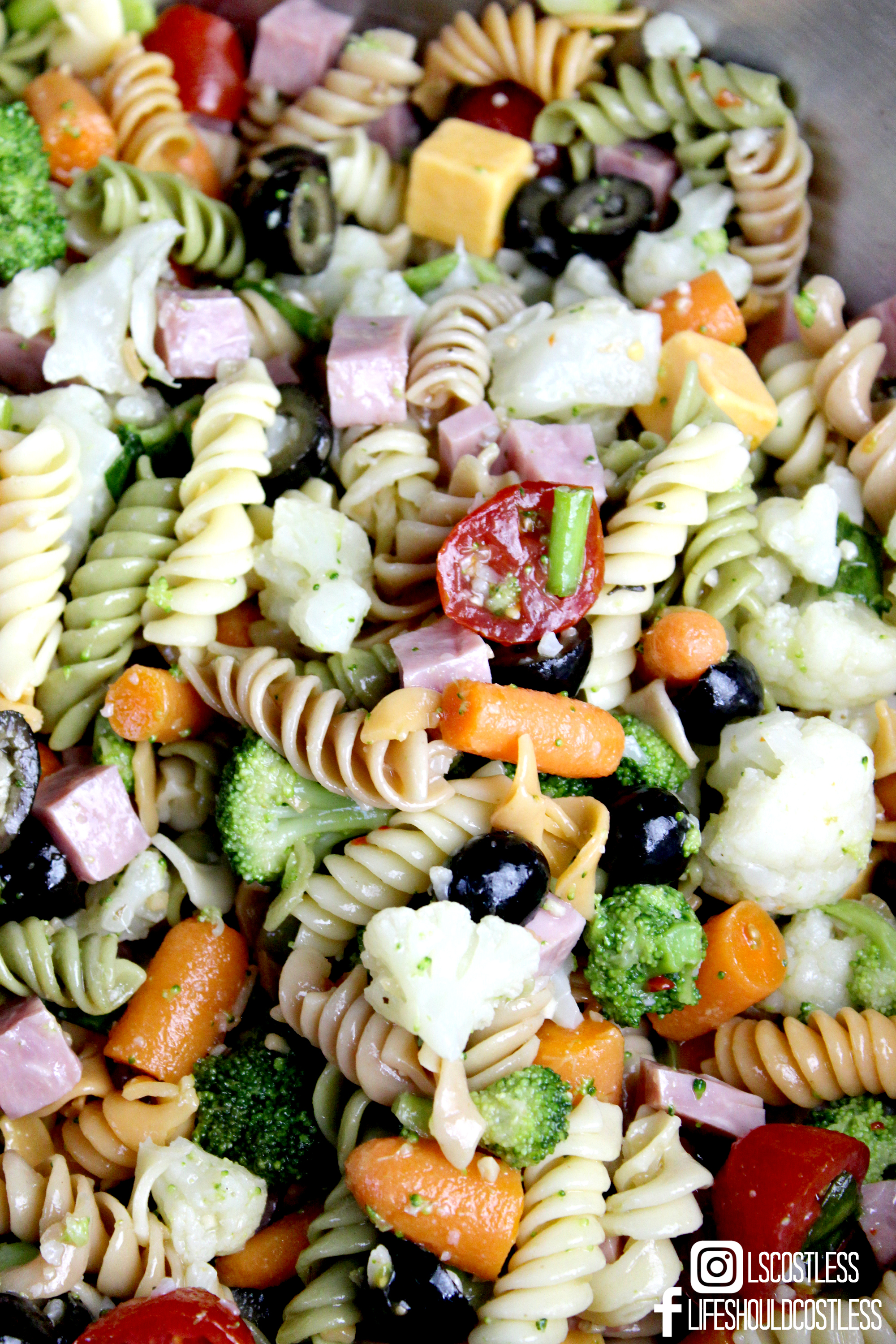 Kick-Ass Pasta Salad Recipe. The best pasta salad perfect for any large gathering. lifeshouldcostless.com