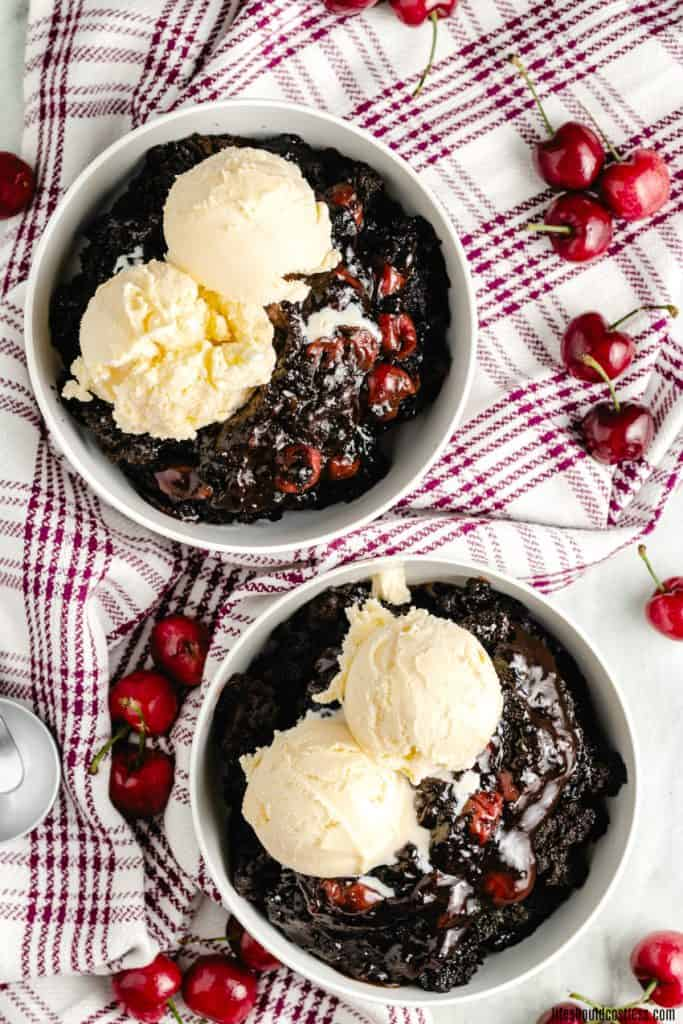 Dr Pepper cherry chocolate dump cake/cobbler in slow cooker/crock pot/ or dutch oven. lifeshouldcostless.com