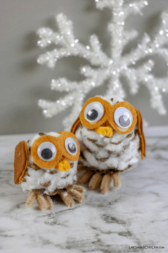 Pinecone Owl Kids Craft lifeshouldcostless.com