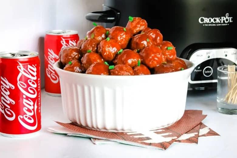 Coca-Cola-Meatballs in the crockpot. lifeshouldcostless.com