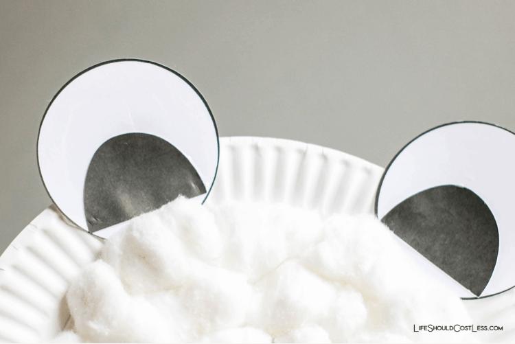 Polar Bear craft ideas lifeshouldcostless.com