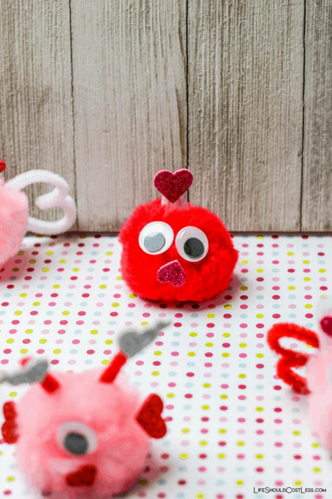 Valentine's day crafts for preschoolers lifeshouldcostless.com