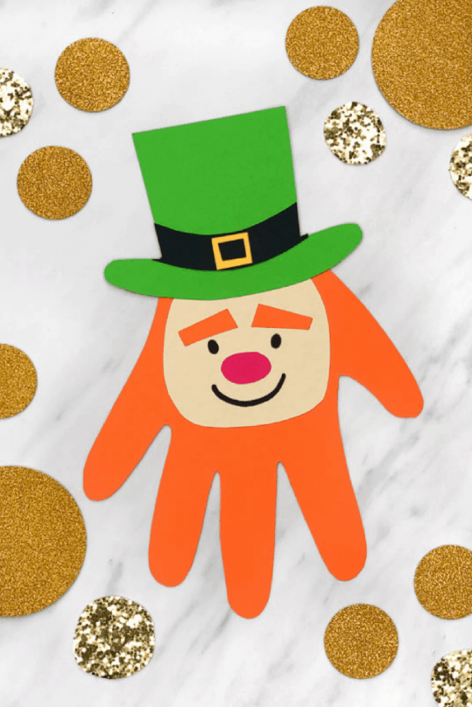 Easy Leprechaun handprint st patricks day craft for toddlers. lifeshouldcostless.com