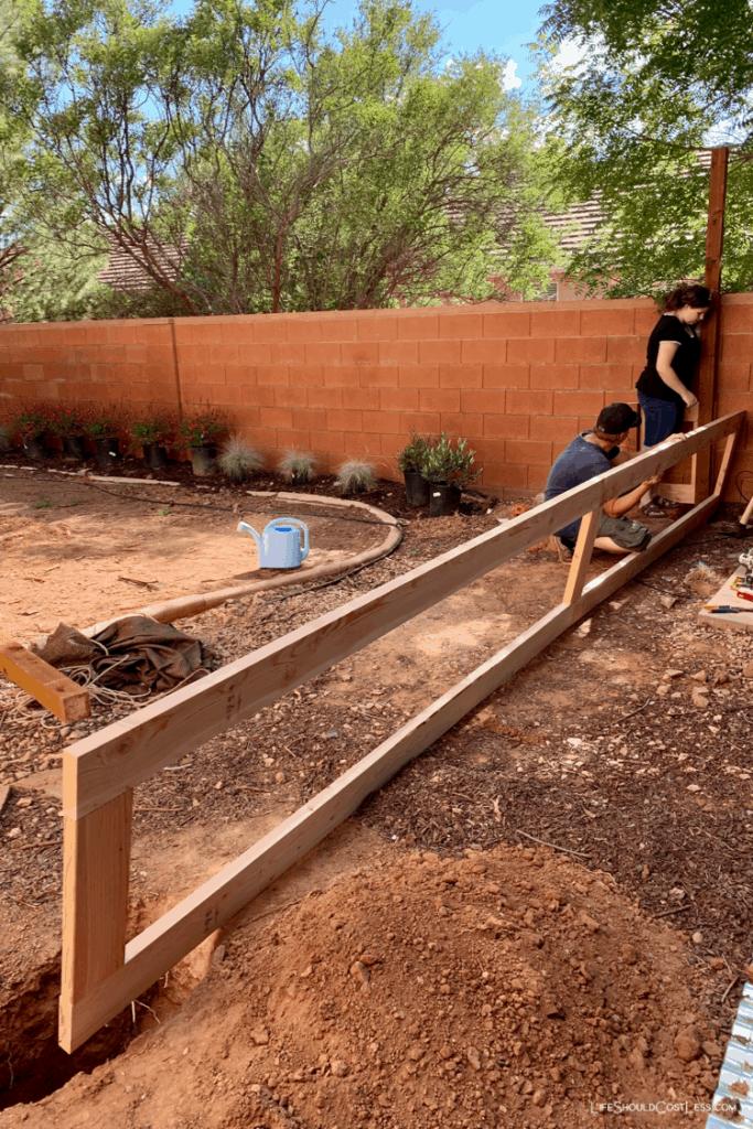 _S1 DIY fence ideas lifeshouldcostless.com (1)